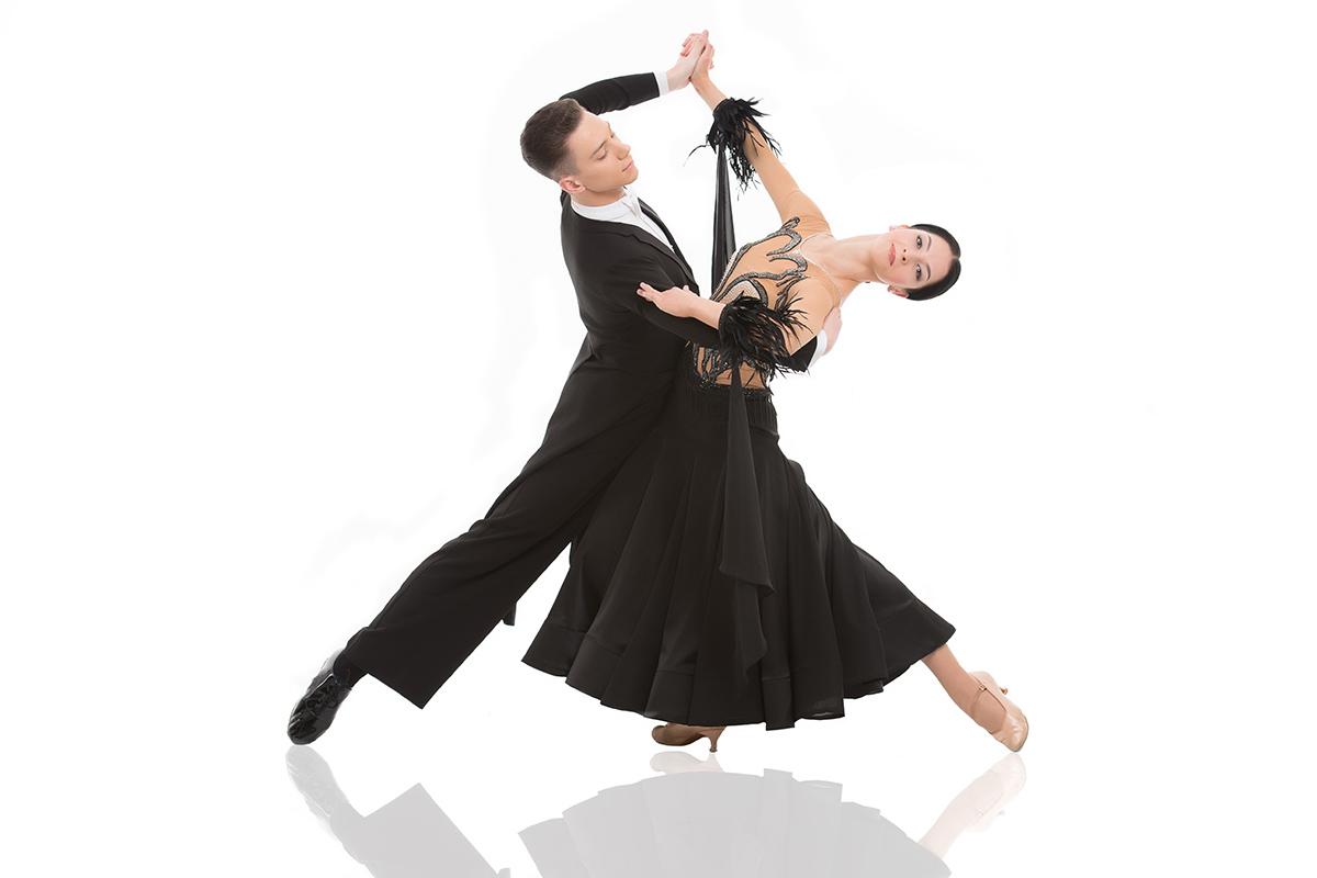 Танцы латиноамериканские в москве клубы видео ночные клубы мужского стриптиза
